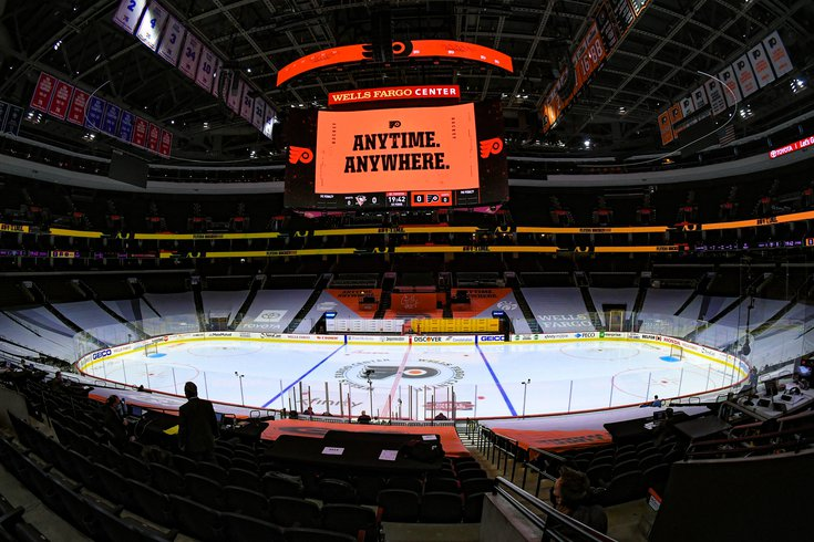 Flyers_Wells_Fargo_center_arena_empty_COVID_01132021_Flyers_Pens_Frese.jpg