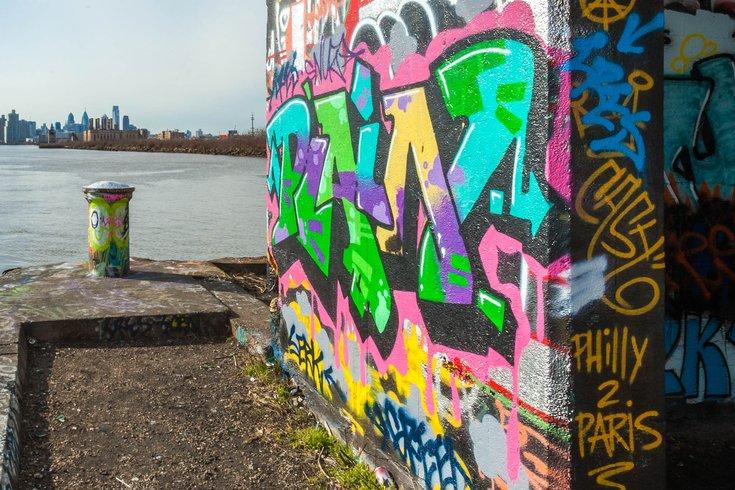 01-020116_Graffiti_Day1_Carroll.jpg