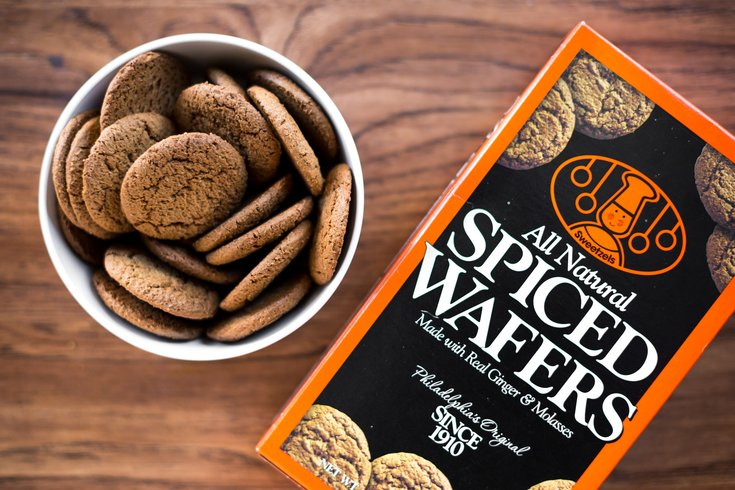 Carroll - Bad For You Sweetzels Spiced Wafers