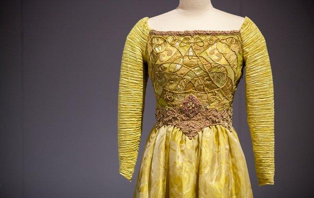 Carroll - Historic Costumes Exhibit