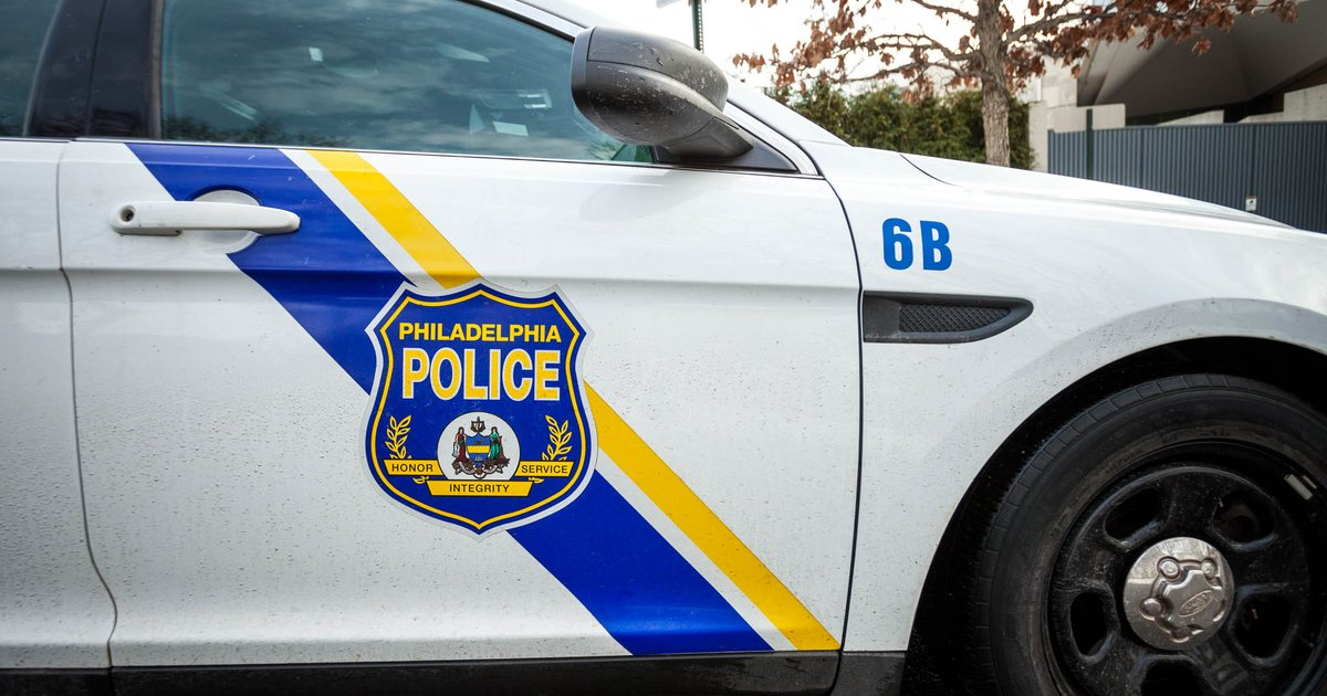Man fatally shoots girlfriend's ex after crash in Frankford