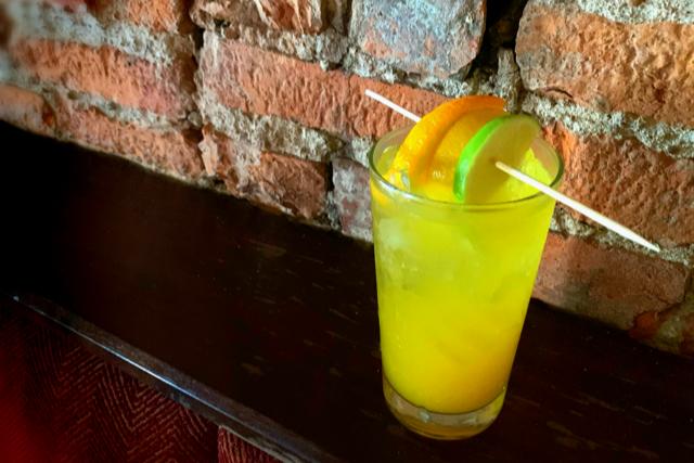 Devil's Den cocktail
