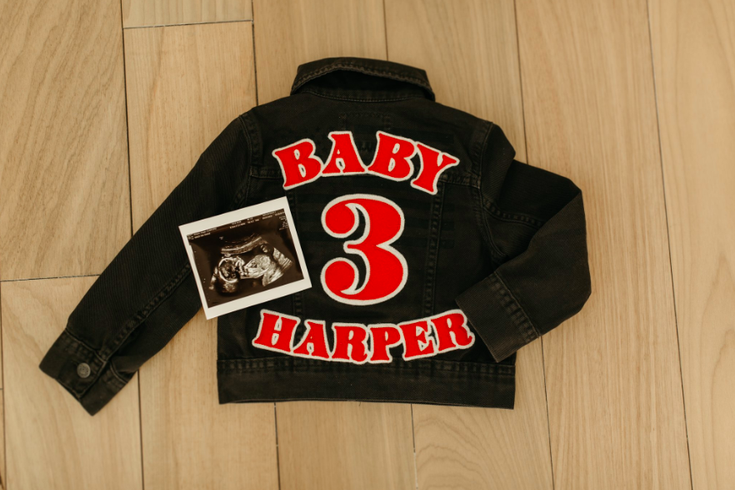 best loved 6f8fe 94a98 Bryce Harper and wife Kayla announce they're expecting baby ...