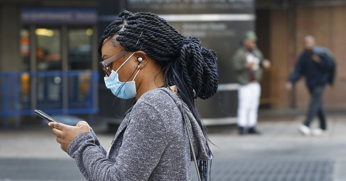 The CDC may advise Americans to wear masks in public after all