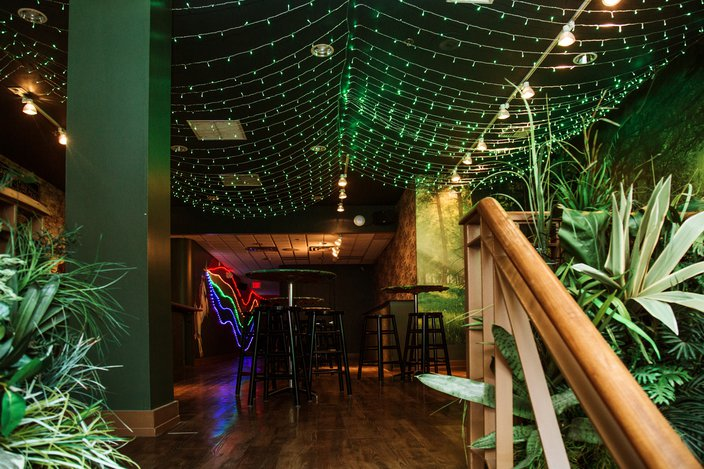 St. Patrick's Day pop-up bar Lucky's Charm
