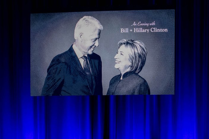 Muse- Evening with Clintons at MET Philadelphia