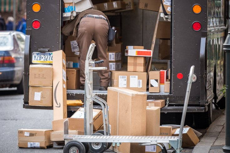 Carroll - UPS Truck in Center City Packages
