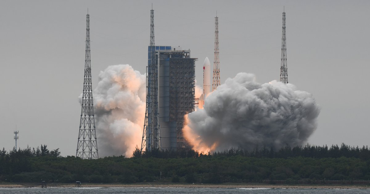 Out-of-control Chinese rocket could crash land on Earth —and Philly may be in its path