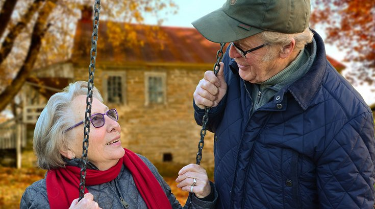 05142018_senior_couple_Pexels