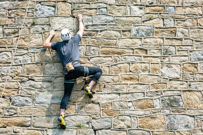 Carroll - Artist Alexander Rosenberg Climbing Eastern State Penitentiary