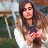 Teen Cellphone 06062019