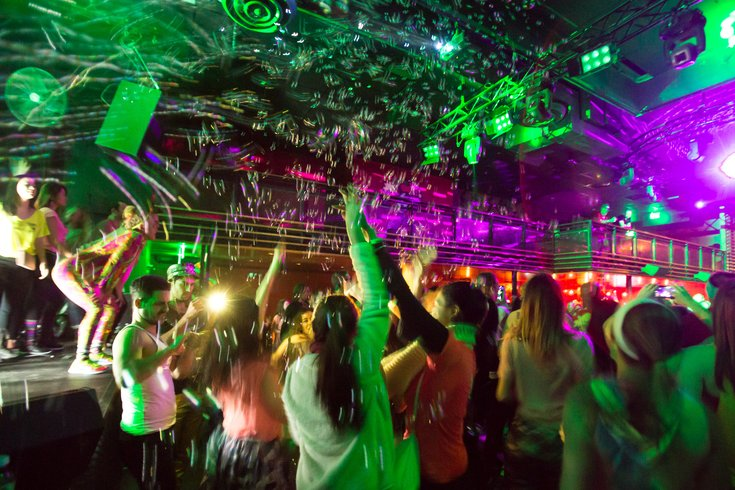 april s daybreaker dance party to take place at one liberty
