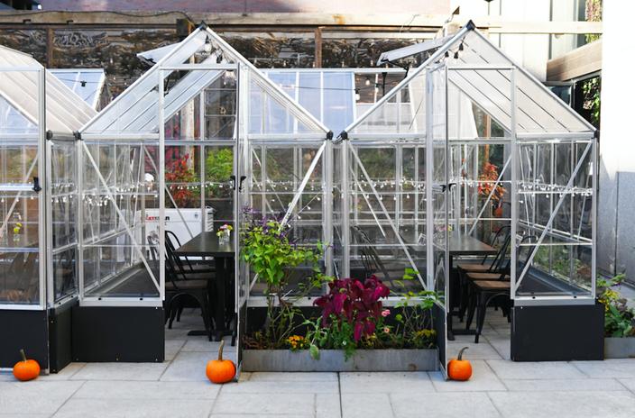 Harper's Garden greenhouses