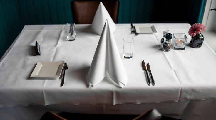 Philadelphia indoor dining