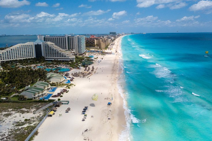 To Save Money American Patients And Surgeons Meet In Cancun