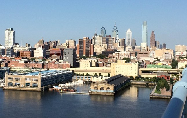 081812015_BFB_Philly_skyline_KS