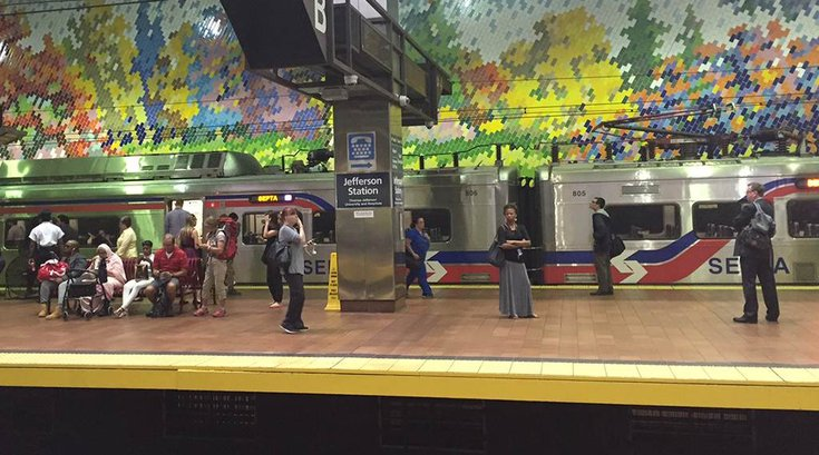 09122016_SEPTA_SilverlinerV_resize