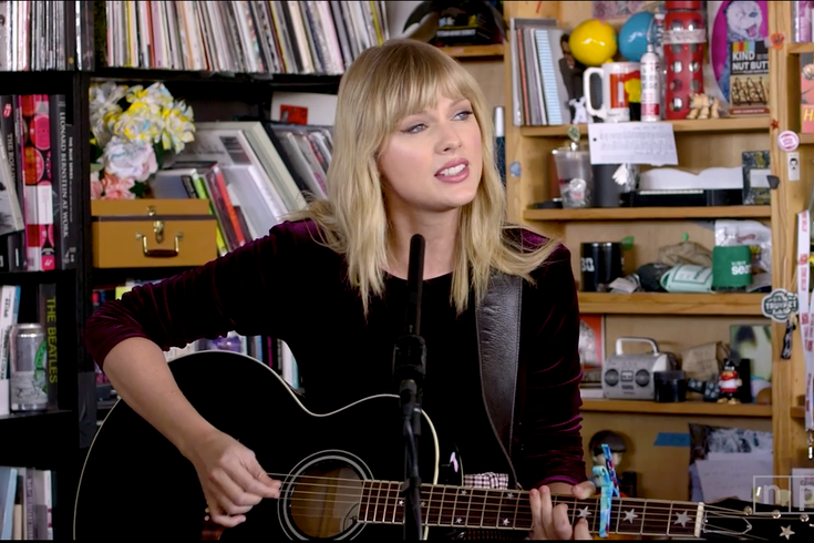 Npr Best Albums 2020.Watch Taylor Swift Play Acoustic Set For Npr S Tiny Desk