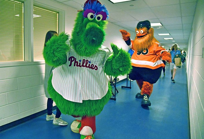 10022018_Phanatic_Gritty_USAT
