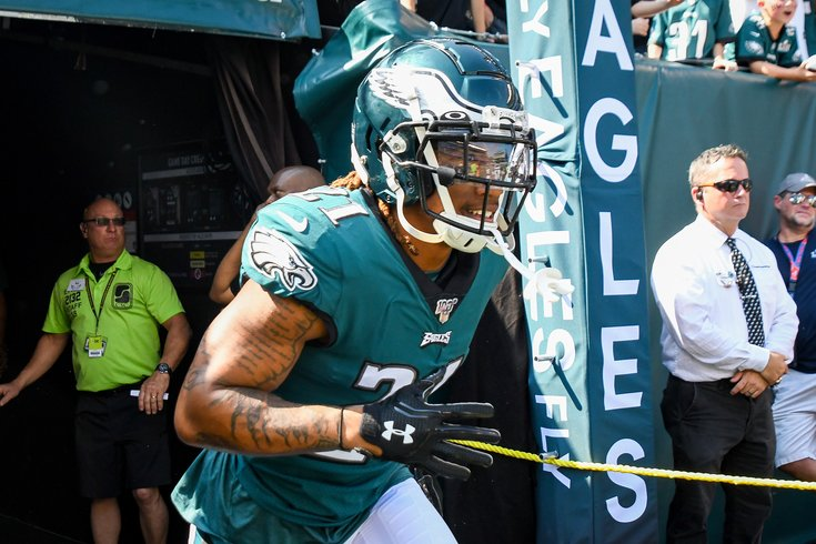 100922_Eagles_Lions_Kate_Ronald_Darby_Frese.jpg