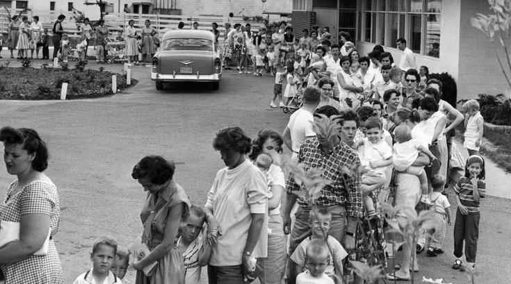 102221 Polio Vaccine 1960.jpg