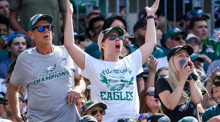 1050922_Eagles_Lions_fans_Kate_Frese.jpg