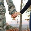 11092018_veteran_holding_hands