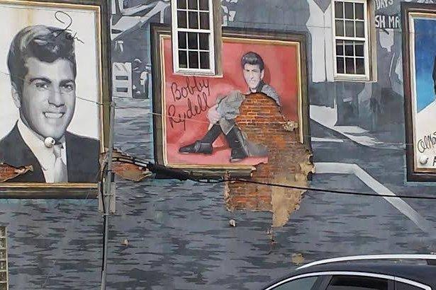 The Sounds of Philadelphia Mural