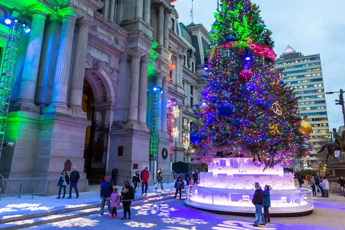 Tree lighting ceremony, Deck the Hall light show at Philadelphia