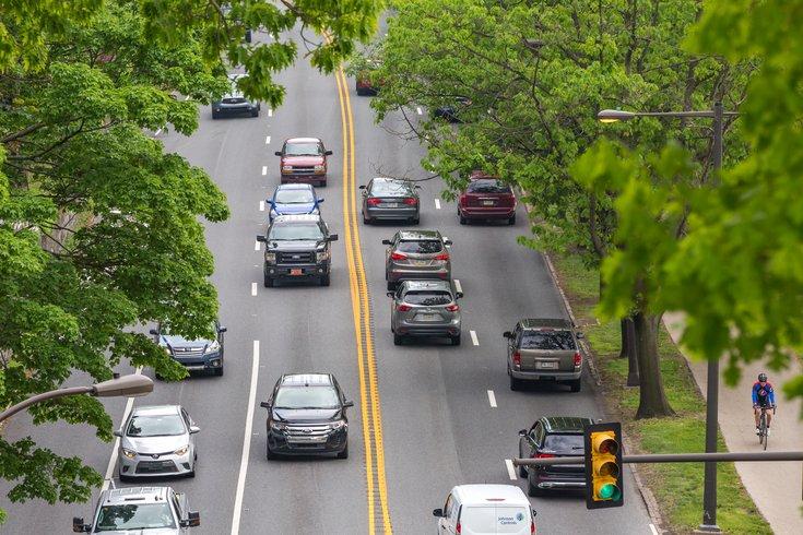 Carroll - Vehicles on Kelly Drive