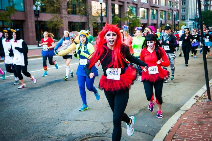 Philadelphia Costume Dash  sc 1 st  PhillyVoice & Philadelphia Costume Dash 5k or 10k takes place Halloween weekend ...