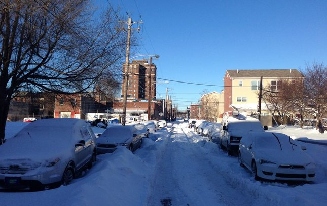 philly snow cars