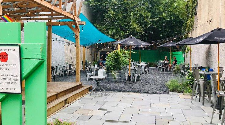 Jet Wine Garden