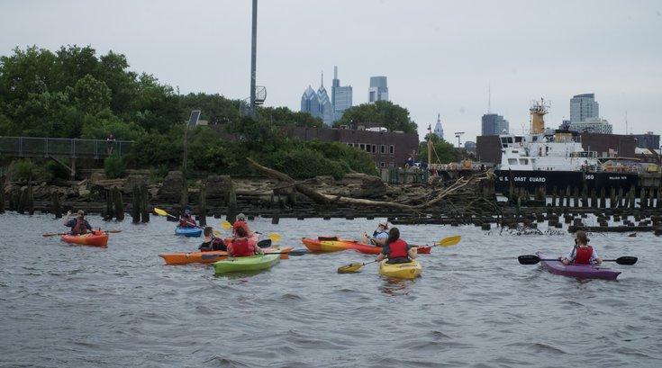 kayak tours Independence Seaport Museum