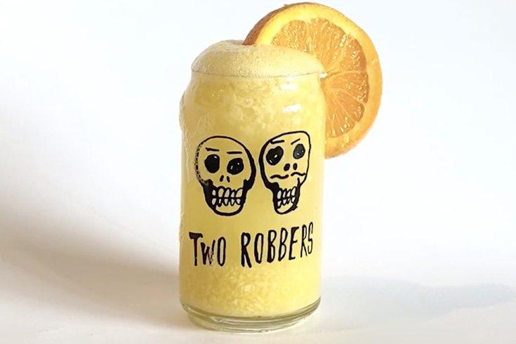 Two Robbers hard seltzer slushie