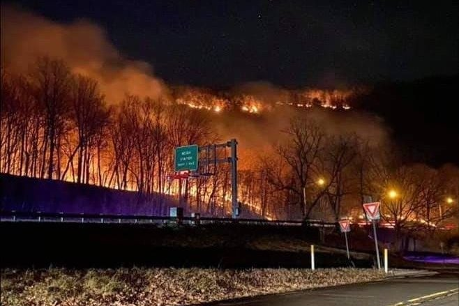 Wildfire Delaware Water Gap