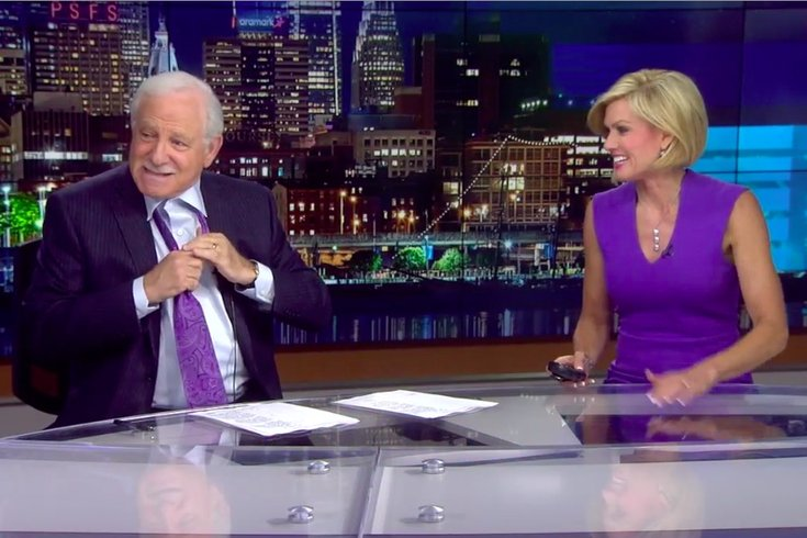 jim gardner taking off tie