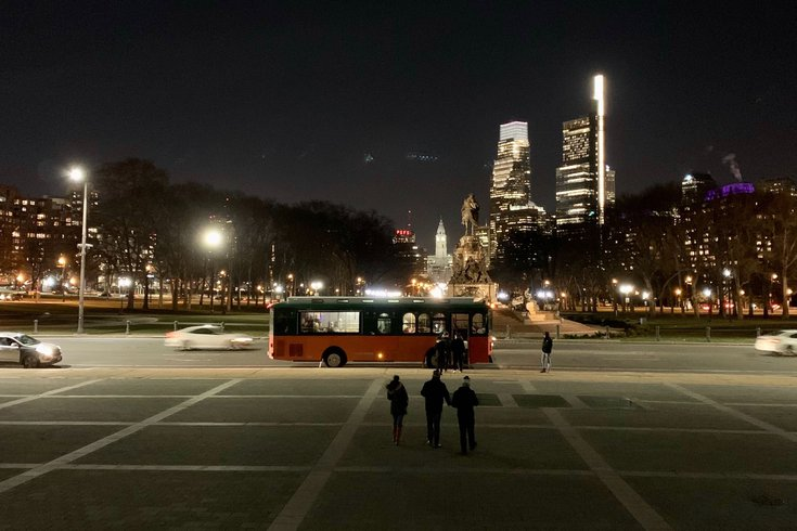 Byob Christmas Light Trolley 2020 2020 Holiday Lights Tour in Philly: Founding Footsteps announces