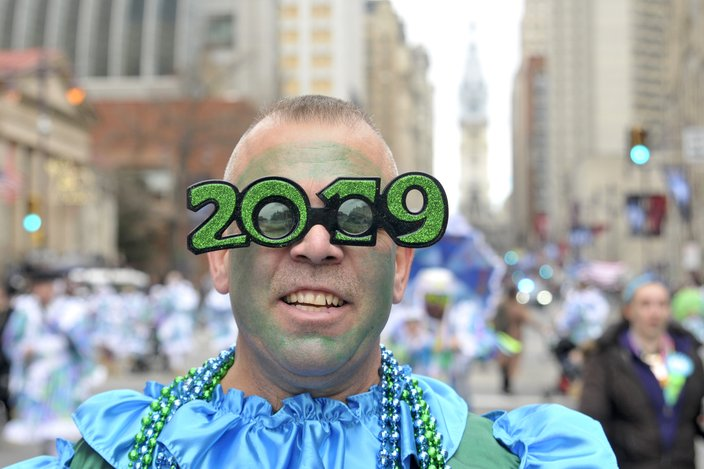 2019 Mummers Parade glasses