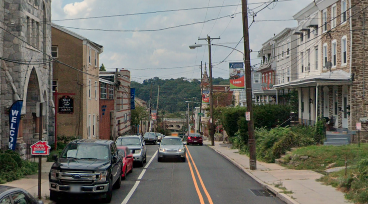 Manayunk armed robbery shooting