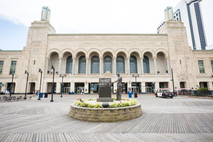 051518_Boardwalk_Hall_Carroll