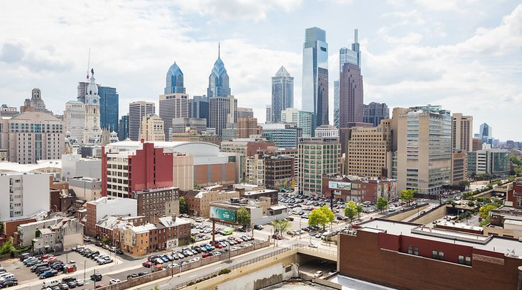 Philadelphia Skyline - Prevu - Bidding War