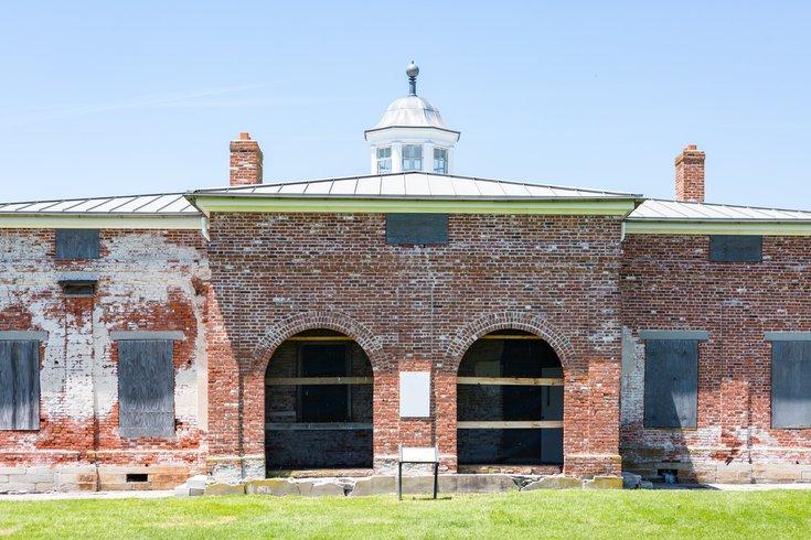 Fort Mifflin ghost tour