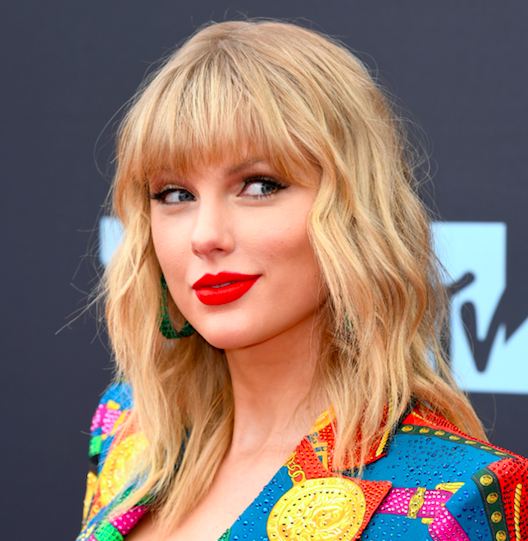 Taylor Swift S New Music Video For Christmas Tree Farm Shows Singer S Berks County Home Phillyvoice
