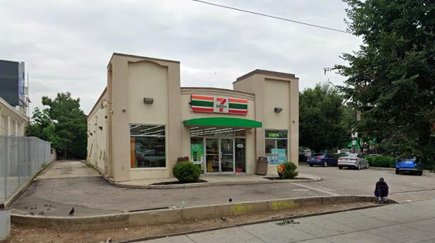 7-Eleven Girard
