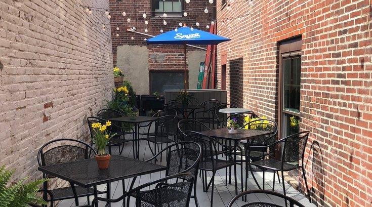 Royal Boucherie patio
