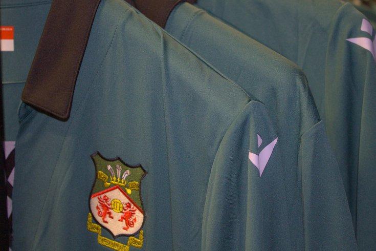 72821 Wrexham AFC kits.jpeg