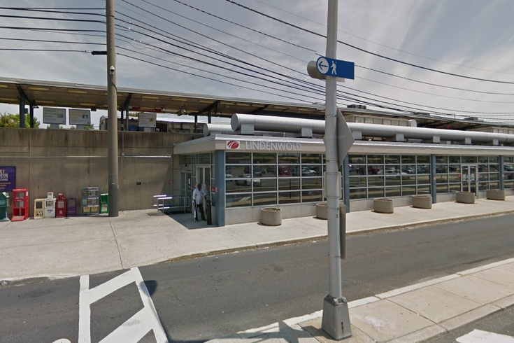 Child parked car Lindenwold PATCO