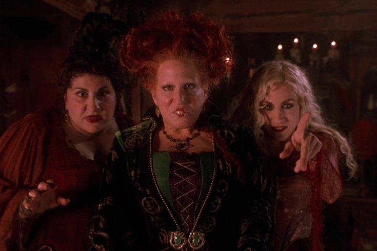 Halloween movie schedule Hocus Pocus
