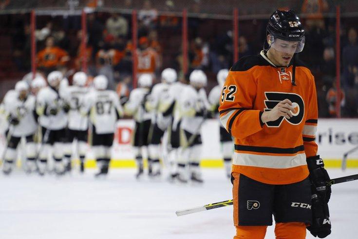 031916_Flyers-Penguins_AP